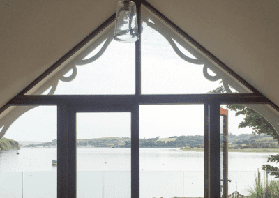 picture of boathouse window